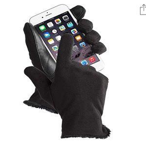 NWT Isotoner Women's Stretch Fleece Gloves